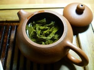 Herbal Tea can be a Good Method to Get Rid of a Headache Without Medicine