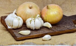 natural antibiotics - onion and garlic