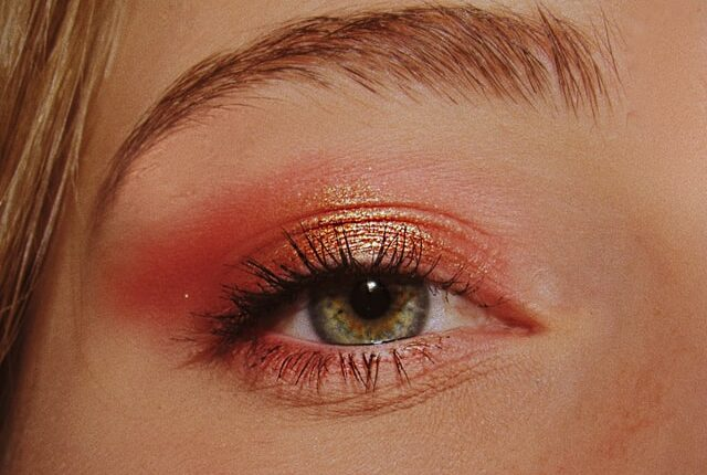 Wet look eyeshadow