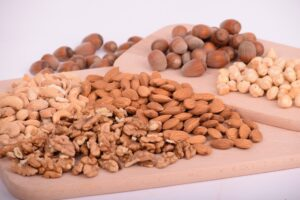 Diet to Lower Cholesterol and Blood Pressure - Nuts