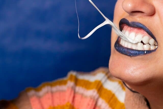 How to Whiten Gums Naturally